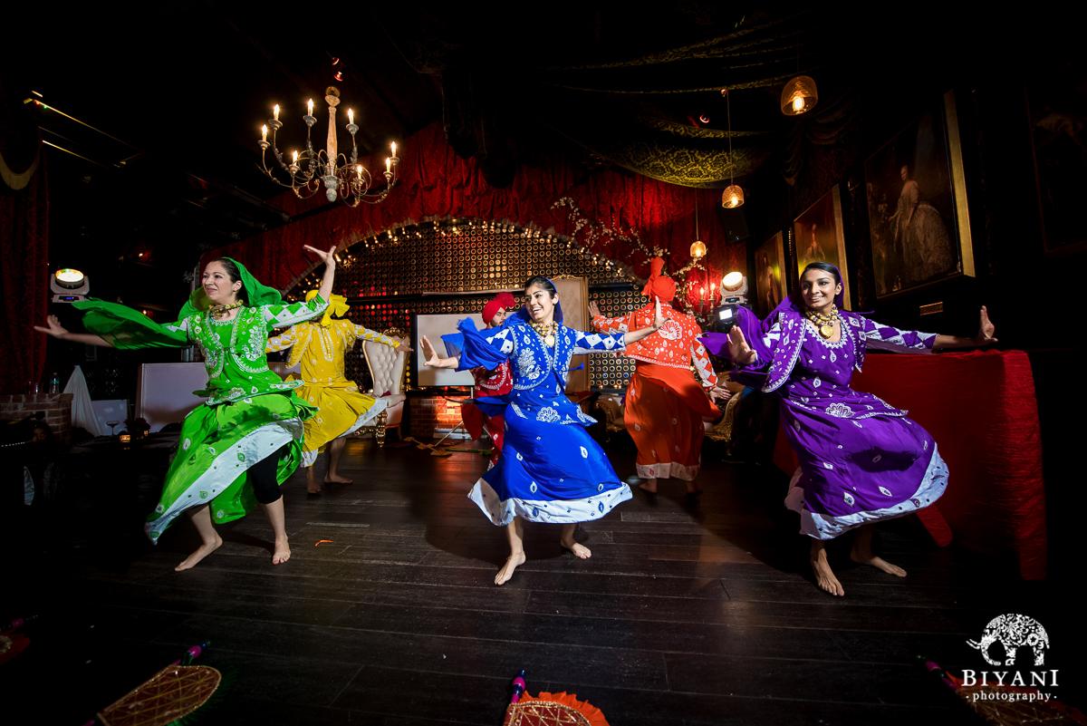 Houston Bhangra group dancing for couples Parisian Cosmopolitan Sangeet