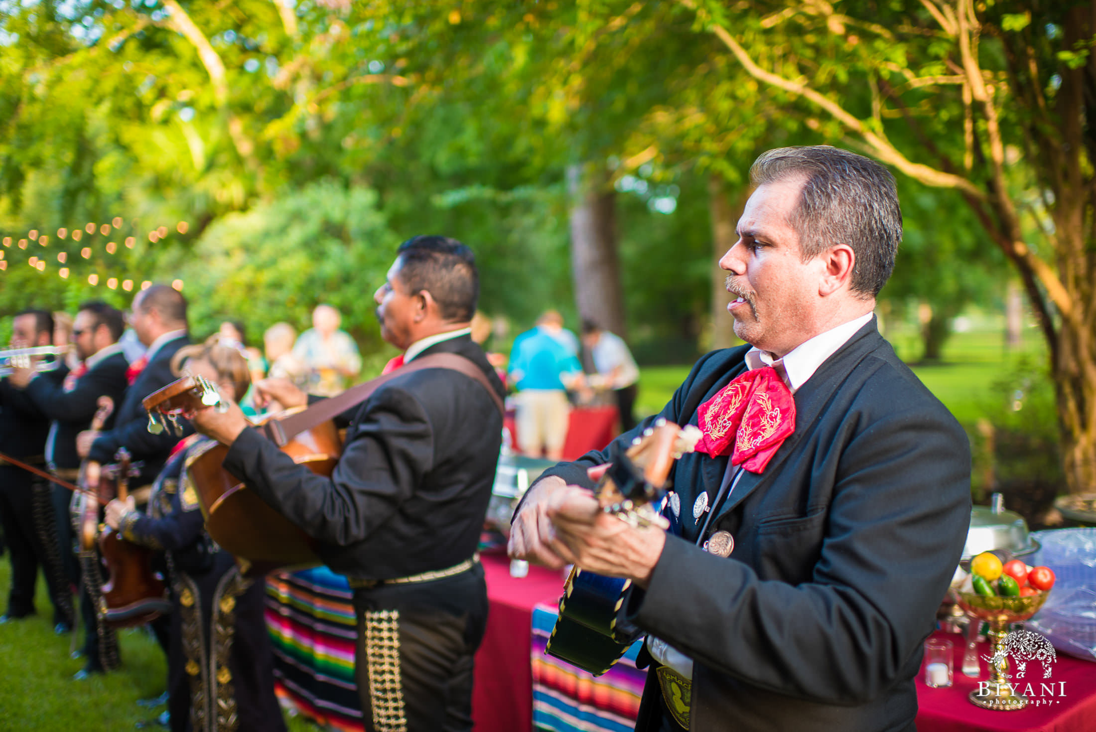 mariachi band plays at backyard mehndi