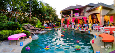 Fusion Indian American Wedding – Intimate Backyard Mehndi