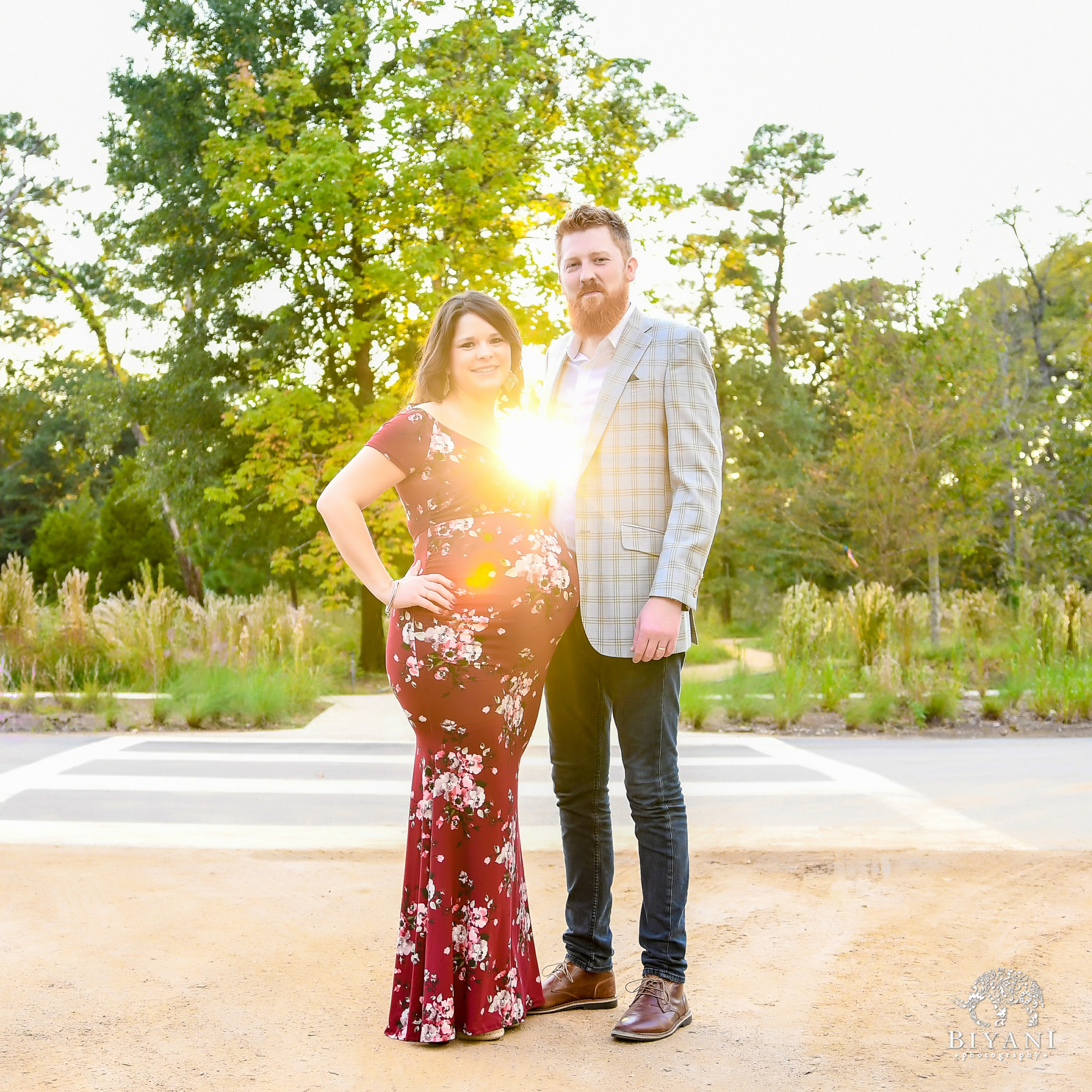 Houston Maternity Photos at Houston Arboretum