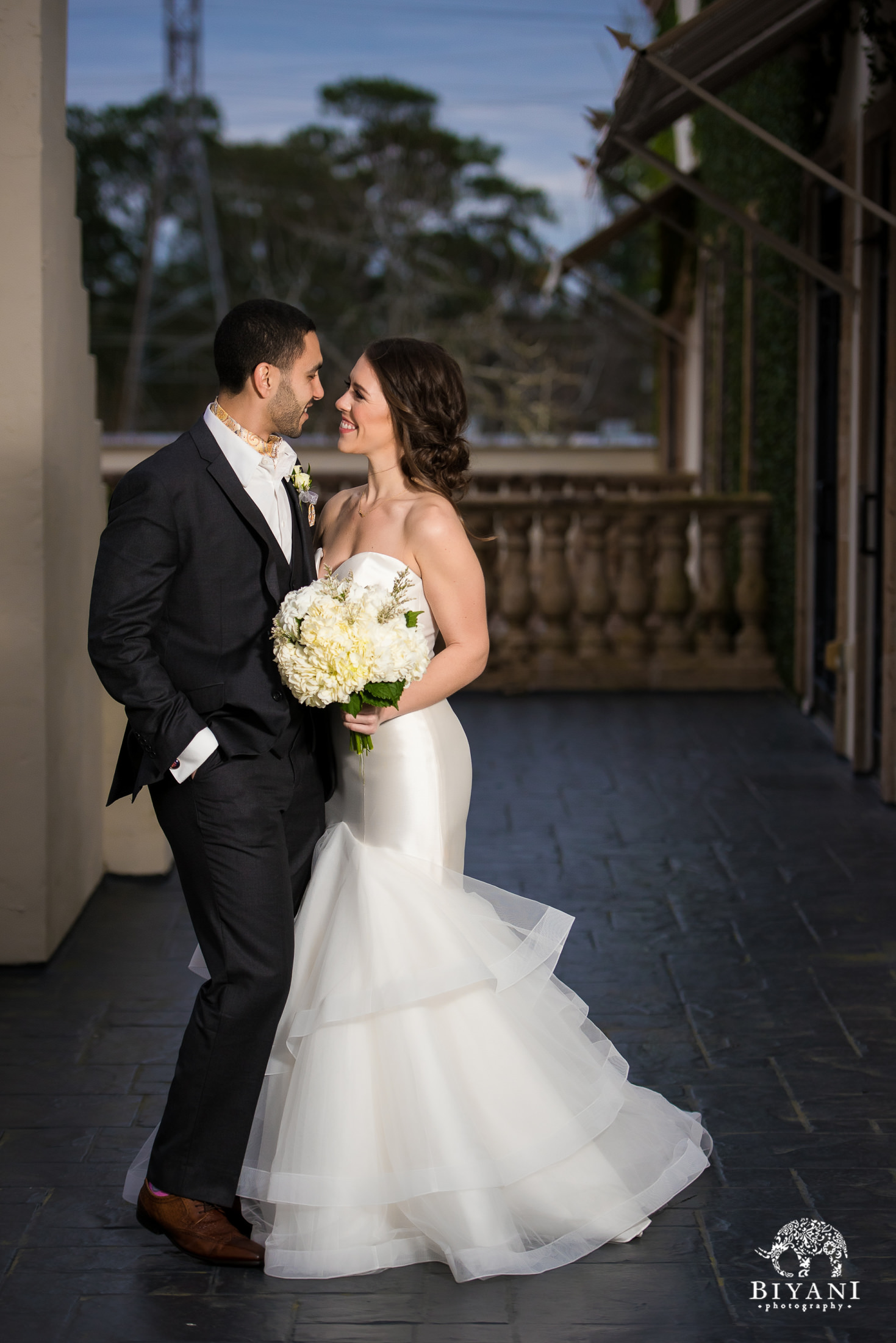 Houston Fusion Egyptian Wedding Portraits with Bride and Groom
